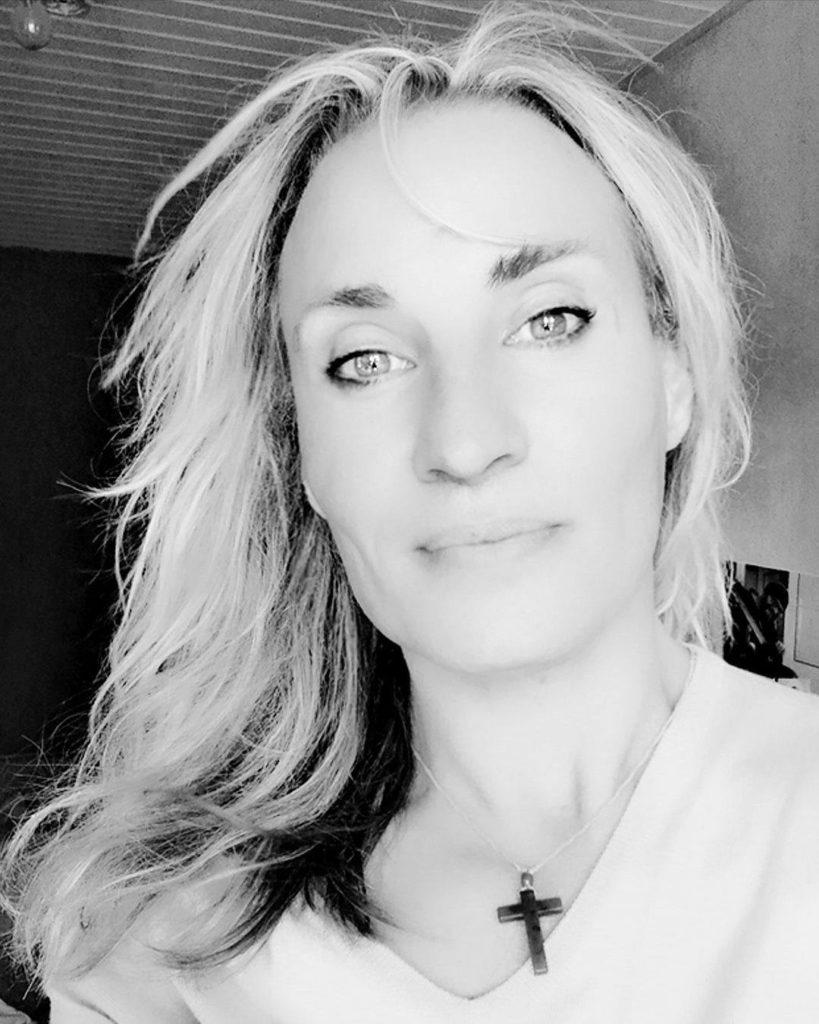 sylvain wojak - androgyne - vivre trans - instagram noir et blanc