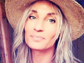 sylvain wojak - mannequin - androgyne - chapeau - vivre trans
