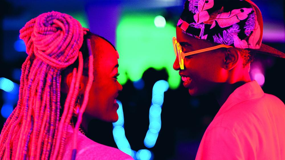 cinéma - lgbtq - vivre trans - couple - adolescents - noirs - fluo