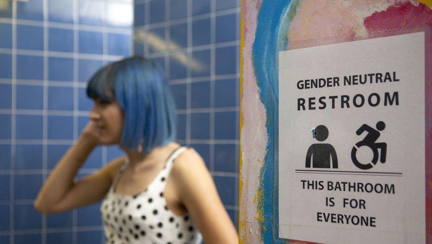 transidentité-entreprise-toilettes-gender-neutral-vivre-trans