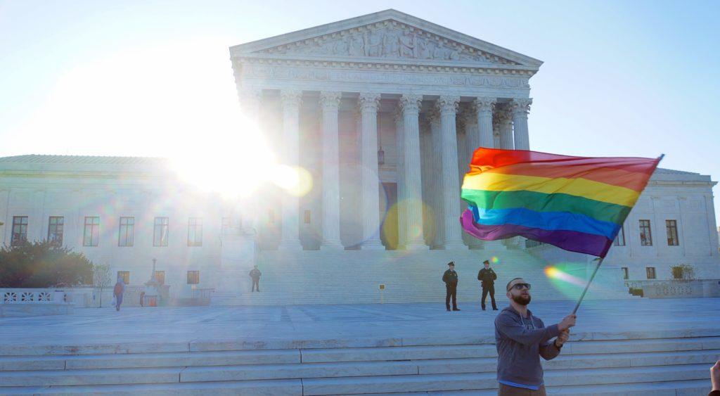 cour-suprême-droits-LGBTQ-vivretrans