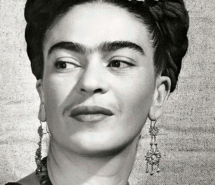 Frida Kahlo-vivretrans-12-personnalités-LGBTQ-qui-ont-changé-le-monde