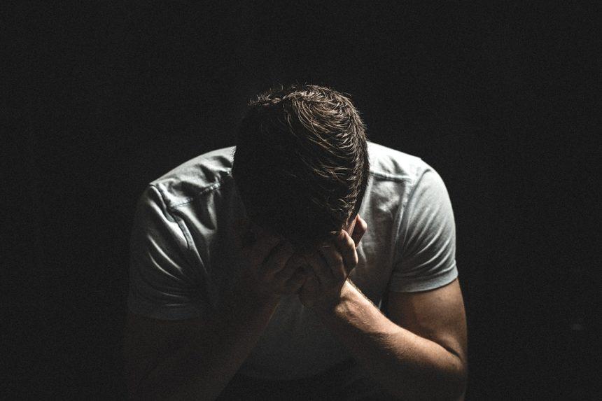 Violence-faite-aux-hommes-Confinement et violences conjugales - la communauté LGBT, les oubliés de l'histoire