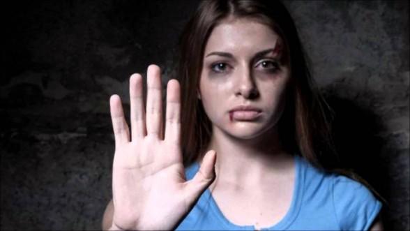 femmes_battues-Confinement et violences conjugales - la communauté LGBT, les oubliés de l'histoire