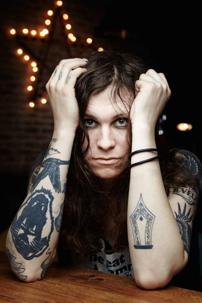 musicienne rebelle transgenre - Laura Jane Grace vivre trans - 4